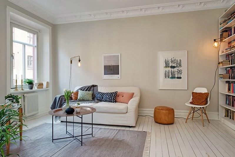 sala minimalista con plantas